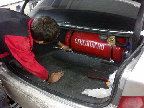 Монтаж газа на авто